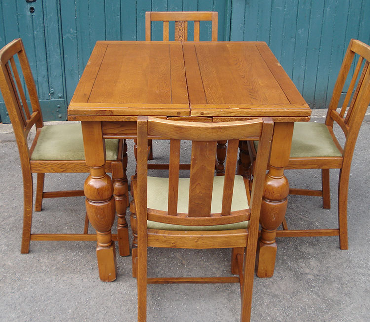 Drawleaf Chairs and Table